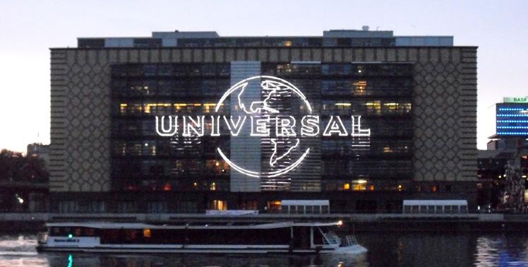 UNIVERSAL_LED-Leuchtwerbeanlage_02